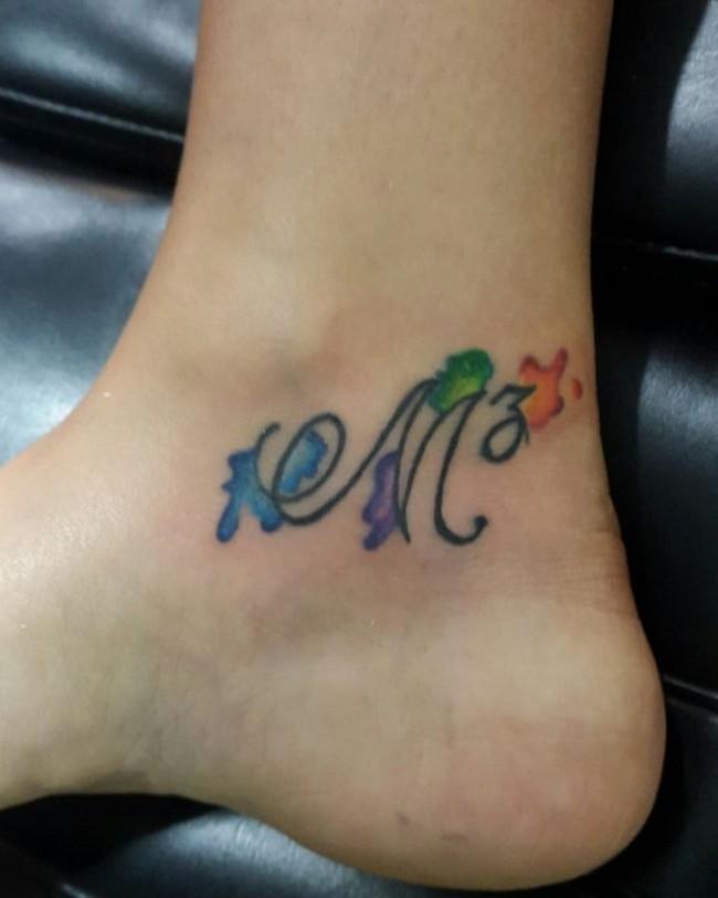initial tattoo 15