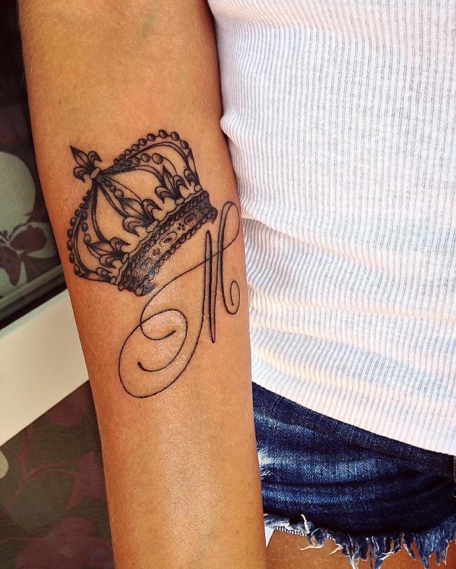 initial tattoo 22