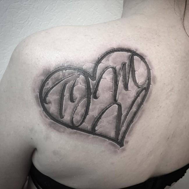 initial tattoo 39