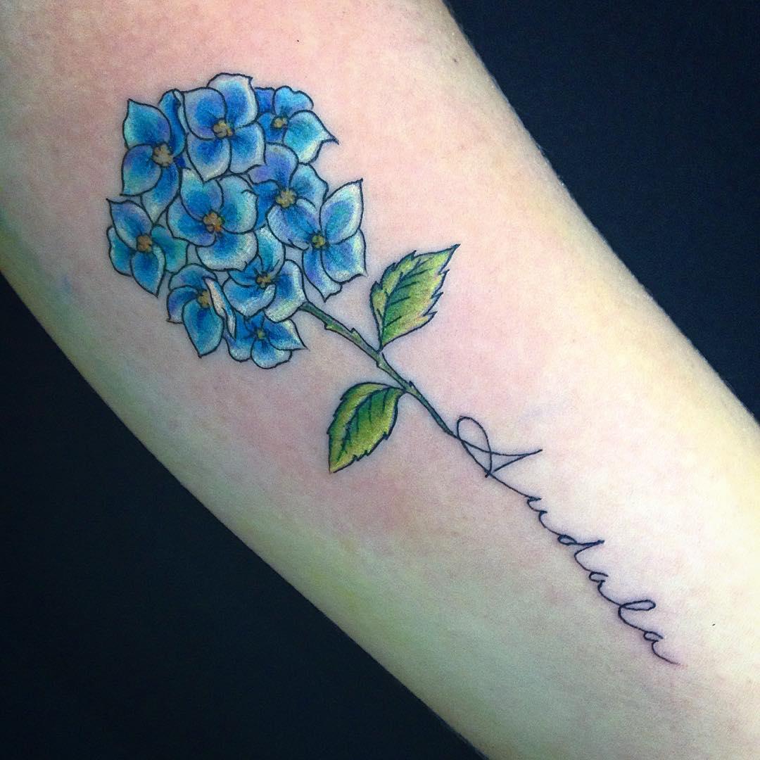 90+ Charming Feminine Tattoo Designs