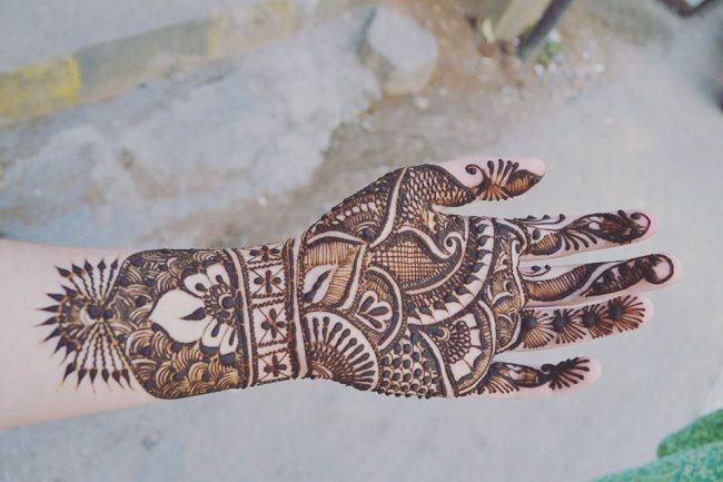 Mehndi designs27
