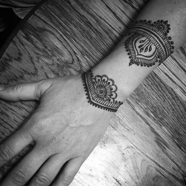 Mehndi designs37