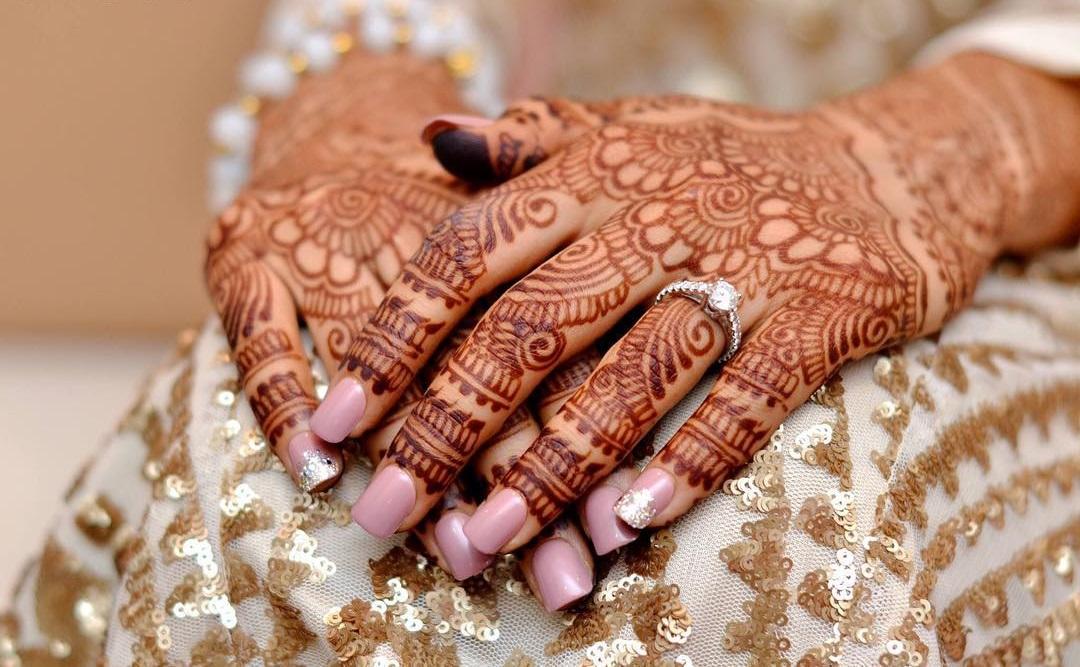 Mehndi Heart Meaning : Festive mehndi designs u celebrate life and love with henna tattoos