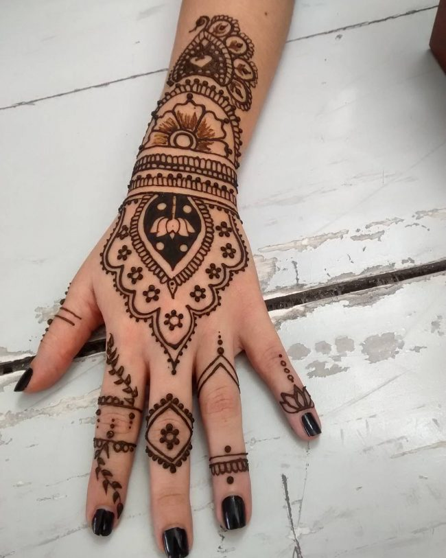 Mehndi designs61