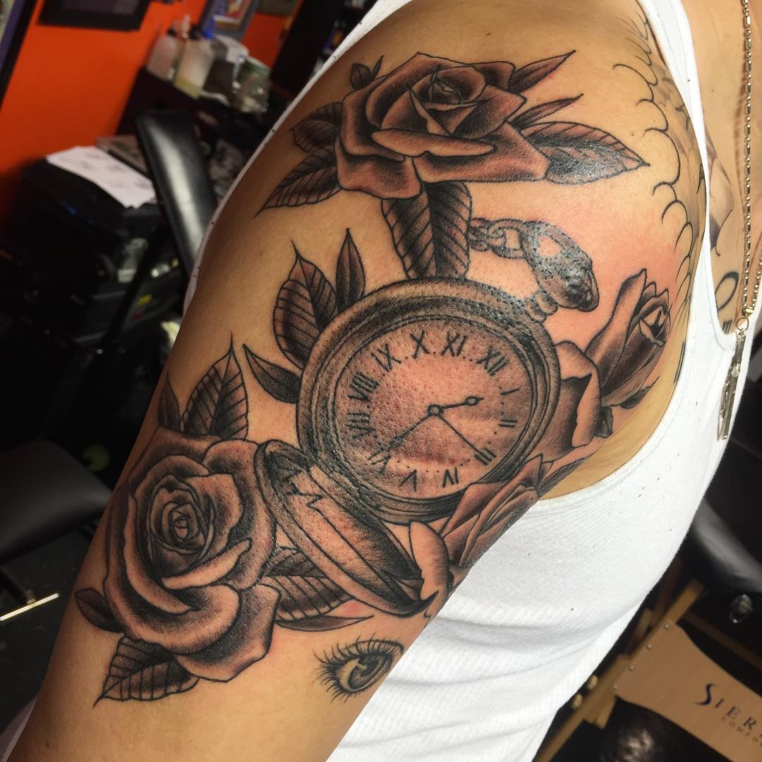 Tattoo Designs: 125+ Timeless Pocket Watch Tattoo Ideas