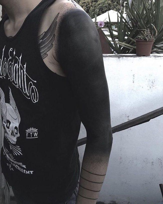 blackwork tattoo10