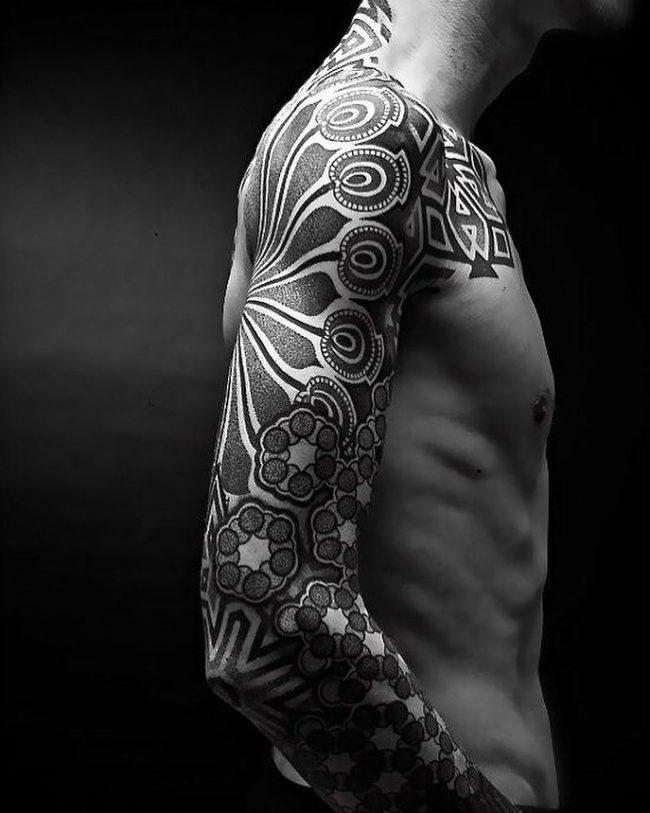 blackwork tattoo16