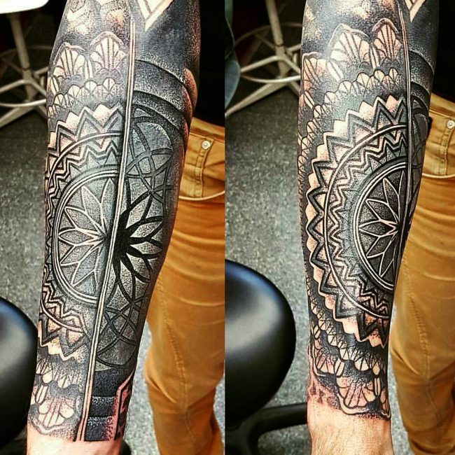 blackwork tattoo17