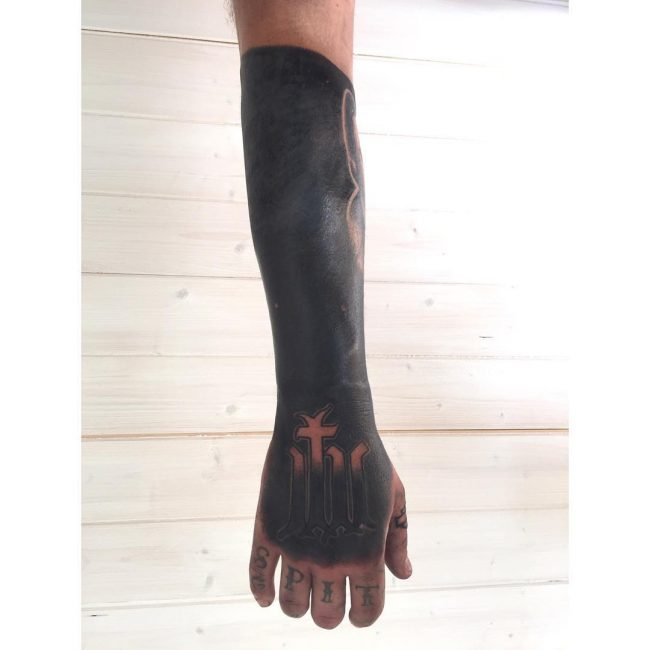 blackwork tattoo2
