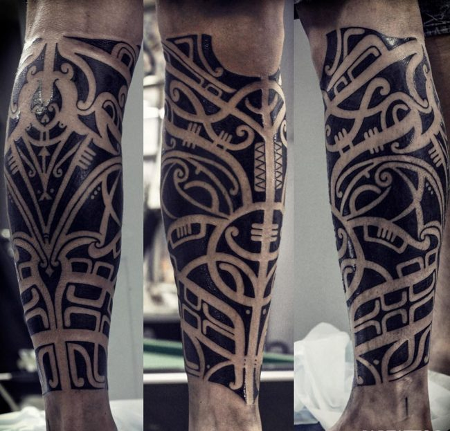 blackwork tattoo25