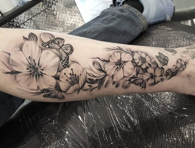 feminine tattoo49
