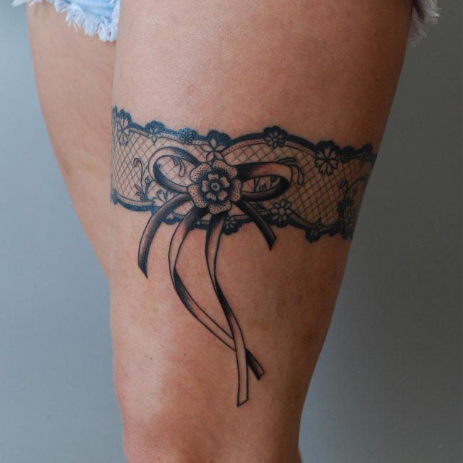 garter tattoo1