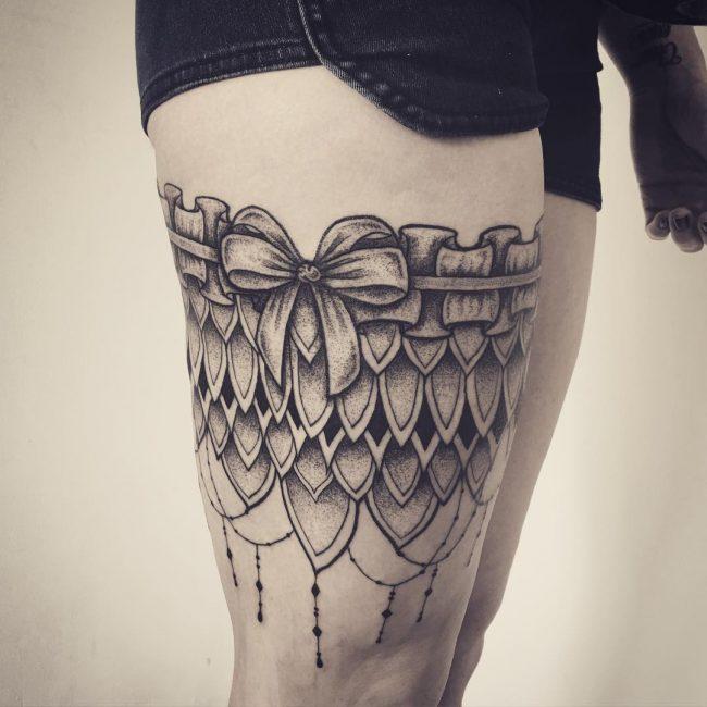 garter tattoo11