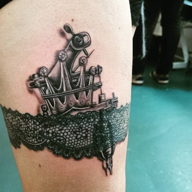 garter tattoo12