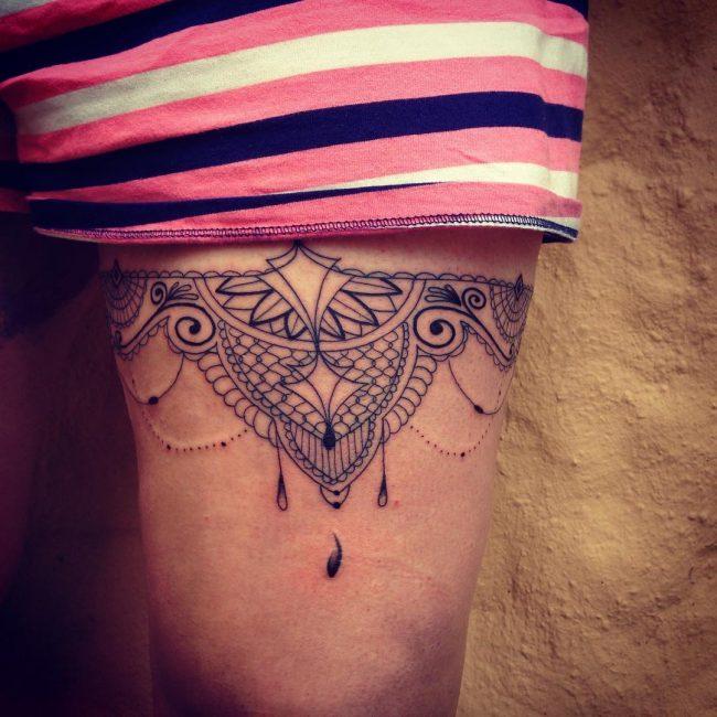 garter tattoo17