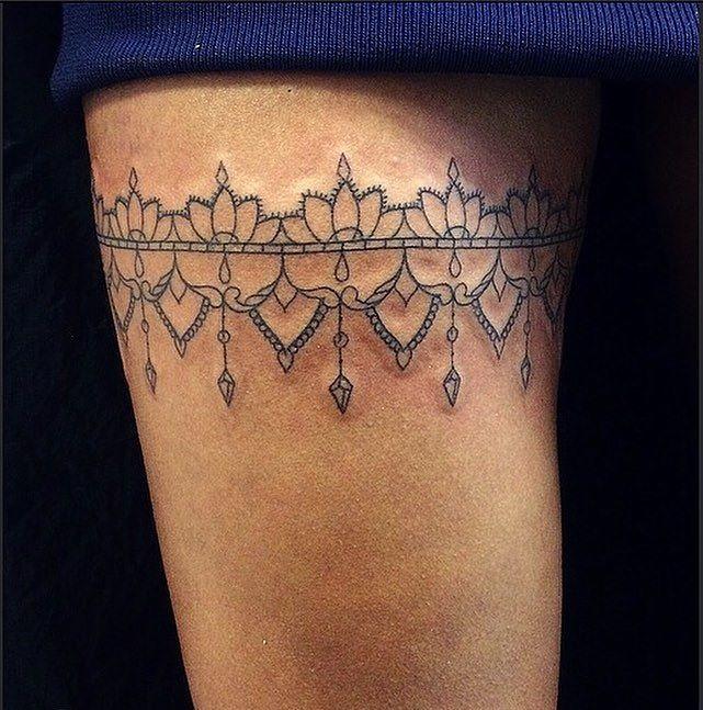 garter tattoo18