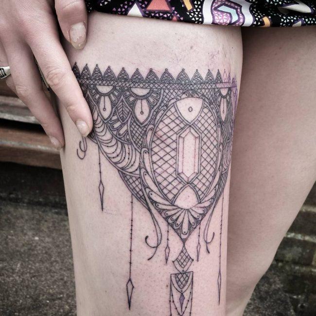 garter tattoo43
