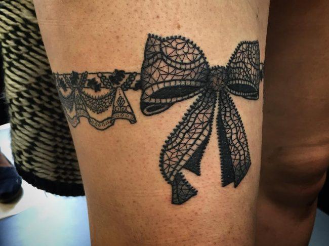 garter tattoo7