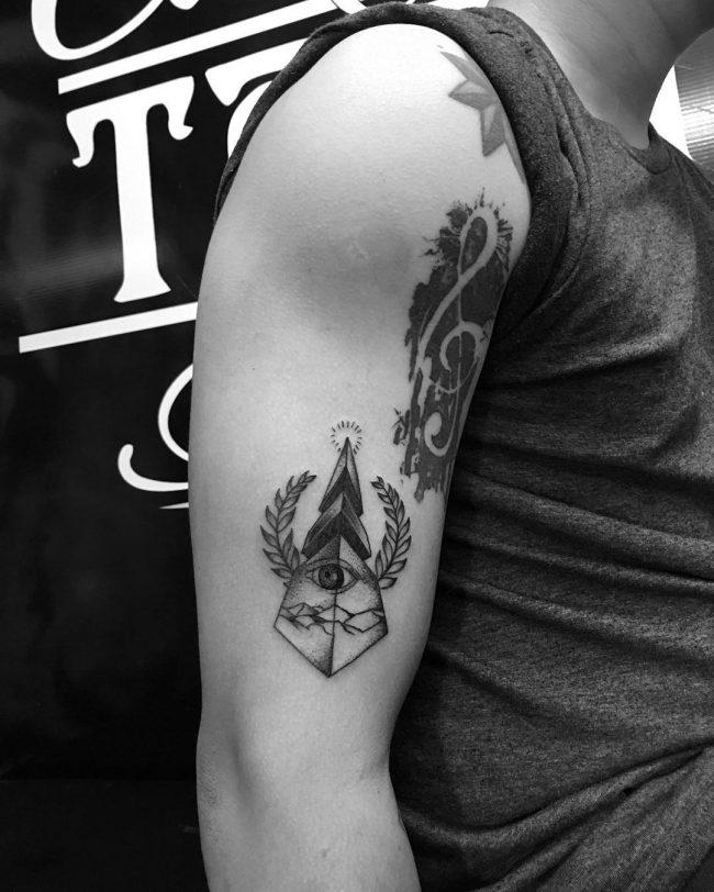 illuminati tattoo10