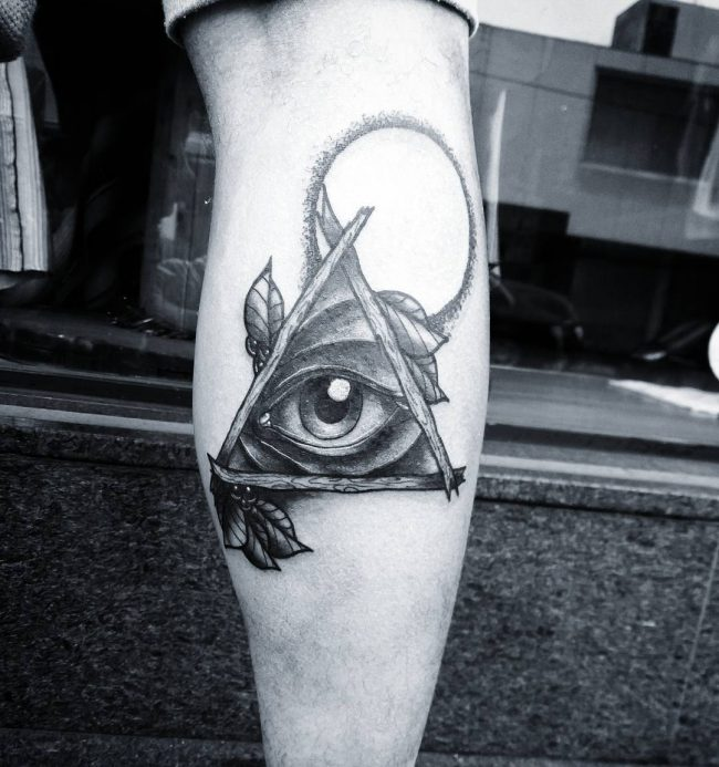 illuminati tattoo2