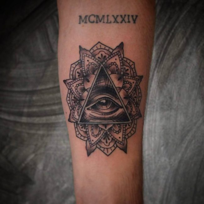 illuminati tattoo4
