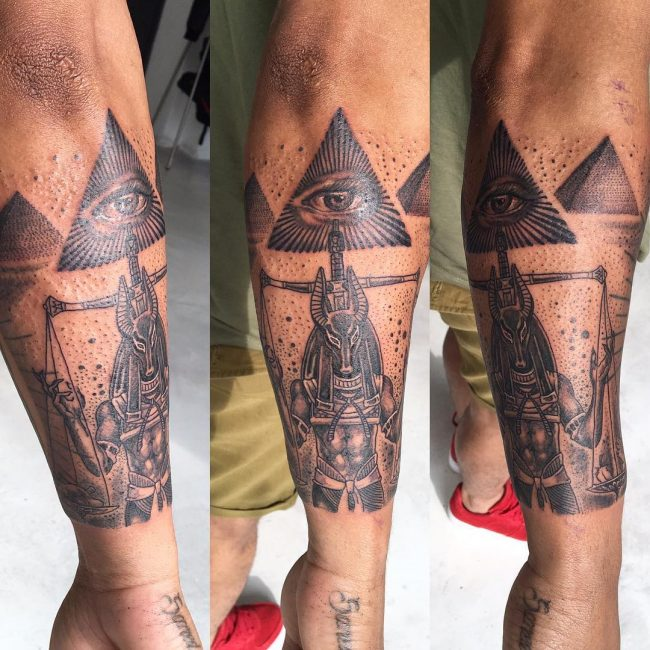 illuminati tattoo9