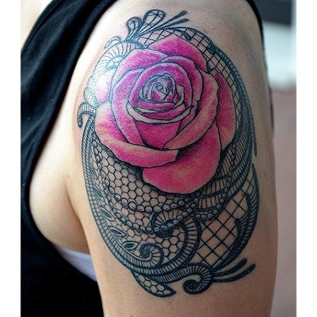 lace tattoo11