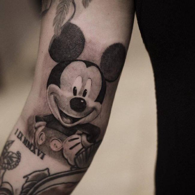 mickey and minnie mouse tattoo40