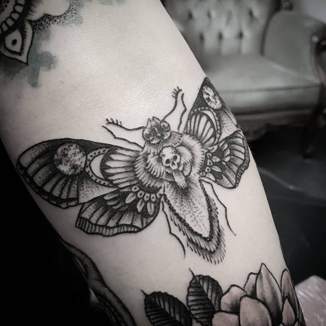 moth tattoo22