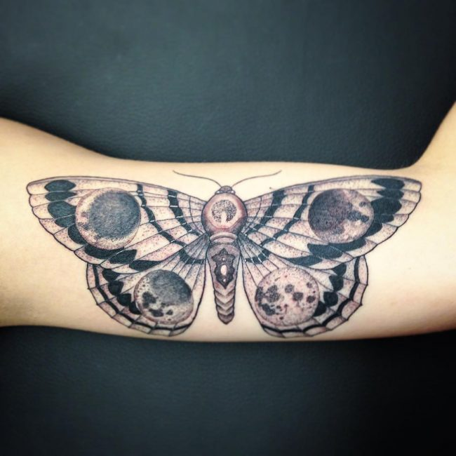 moth tattoo8