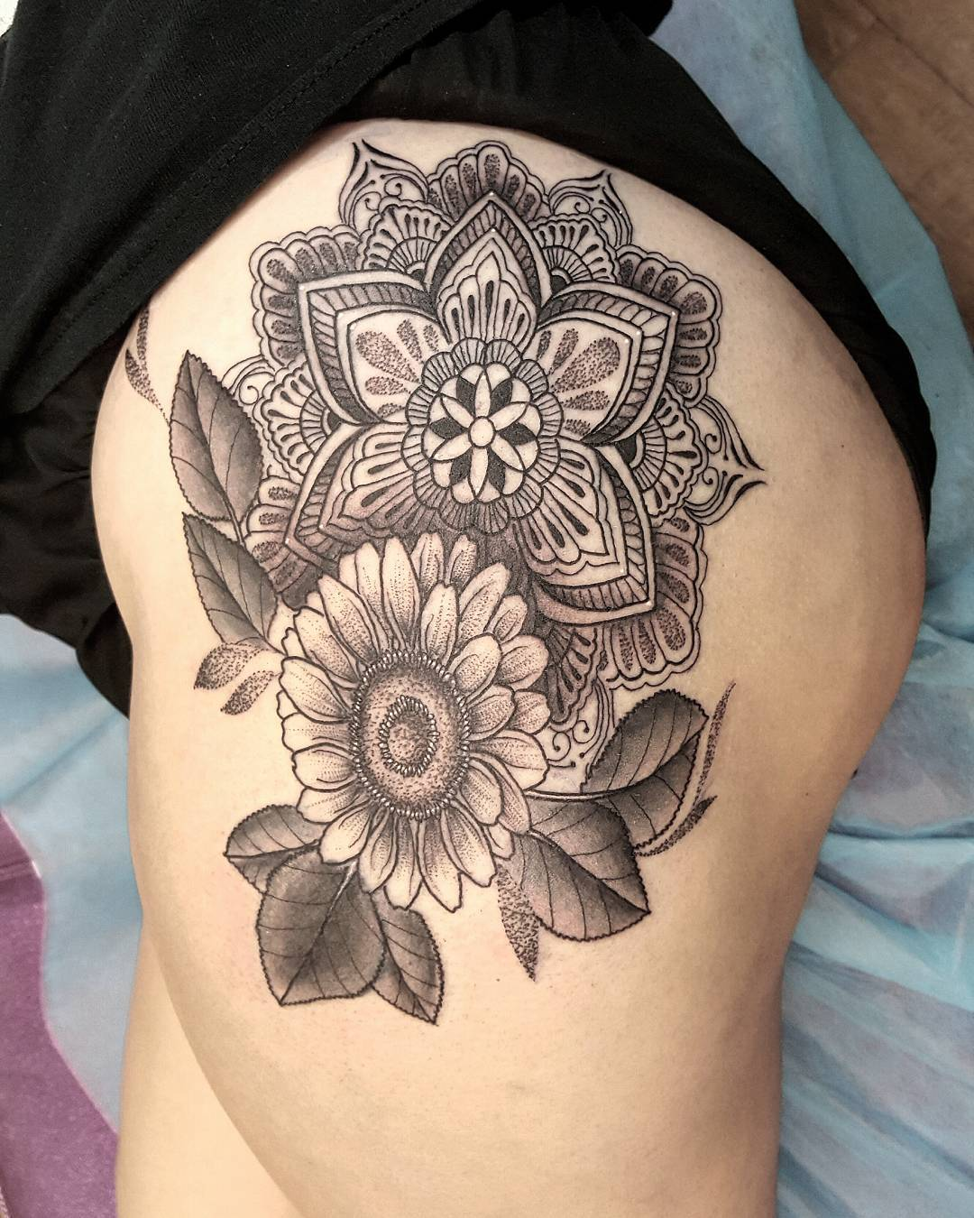 55+ Traditional Paisley Tattoo Designs