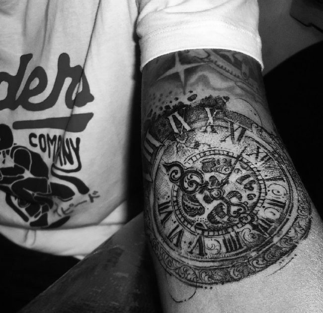 pocket watch tattoo1