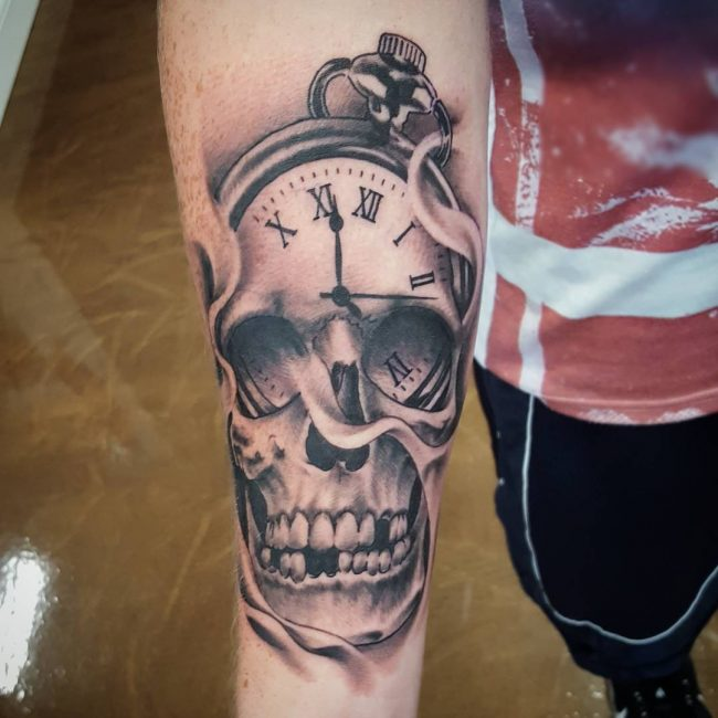 pocket watch tattoo16
