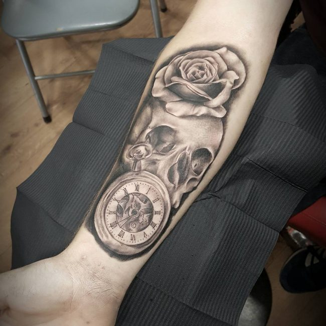 pocket watch tattoo19