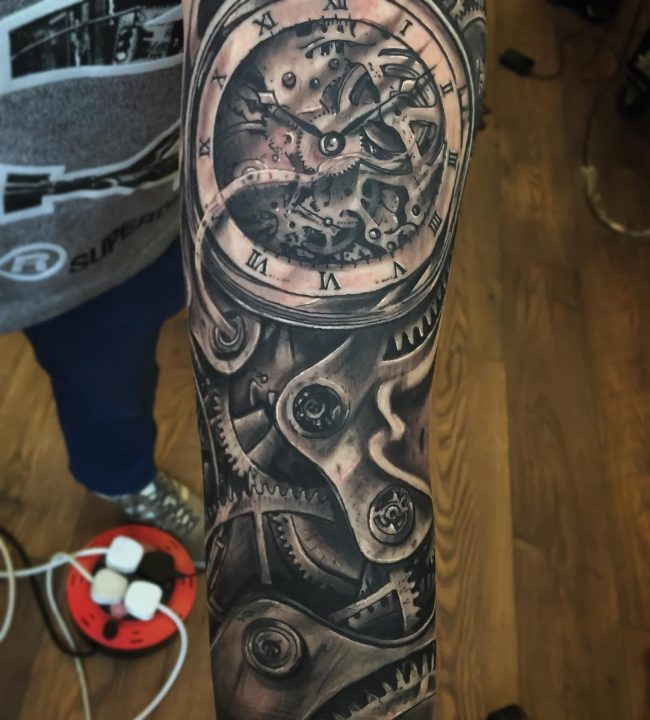 pocket watch tattoo28