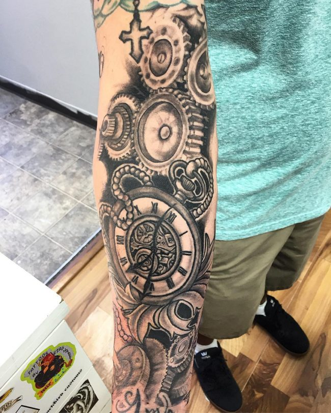 pocket watch tattoo29