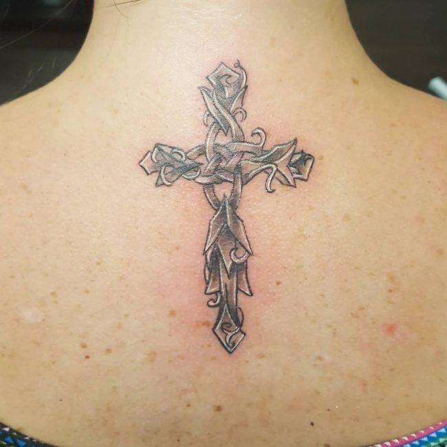 small cross tattoo9