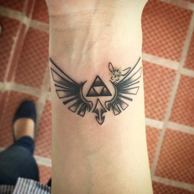 triforce tattoo24