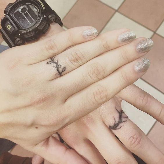 vine tattoo38