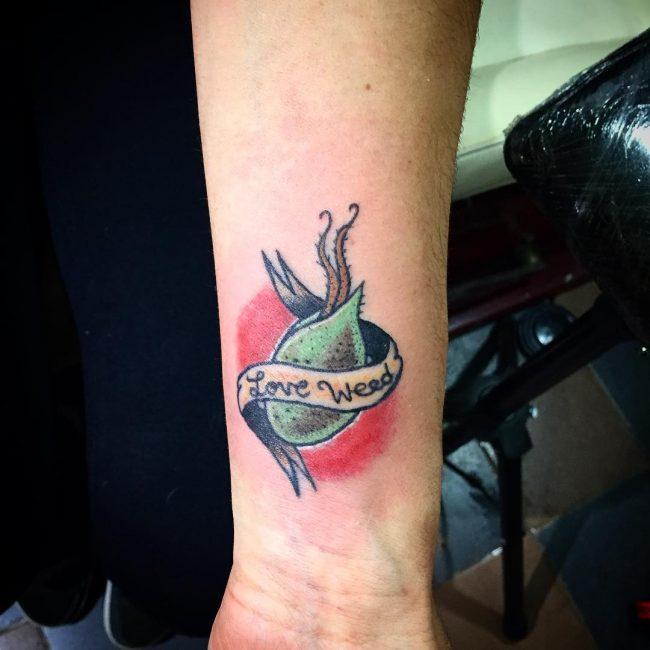 weed tattoo14