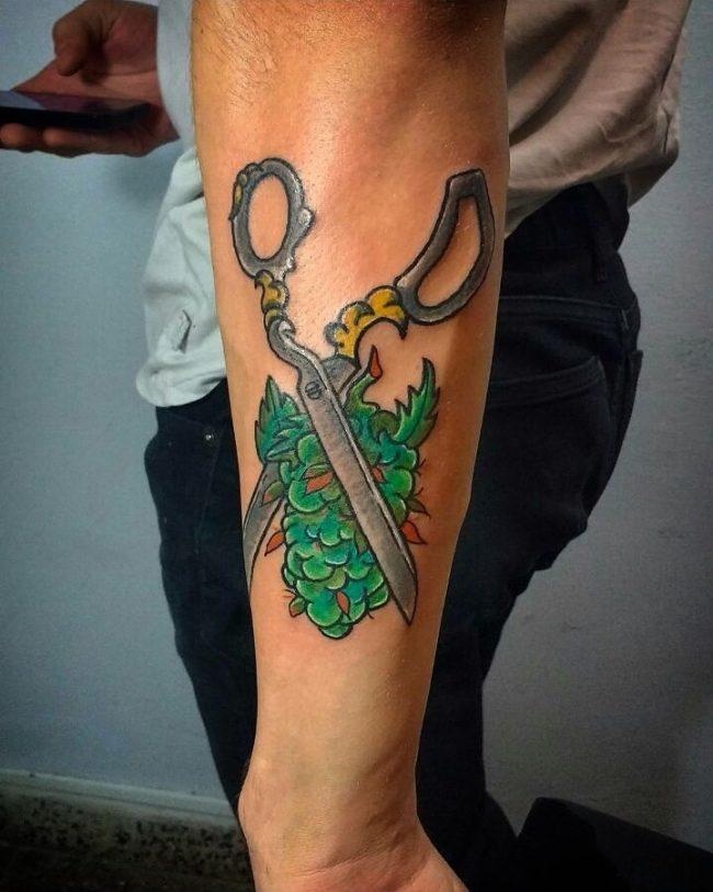 weed tattoo23