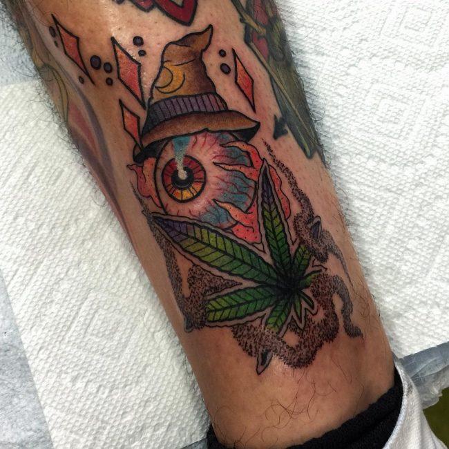 weed tattoo35