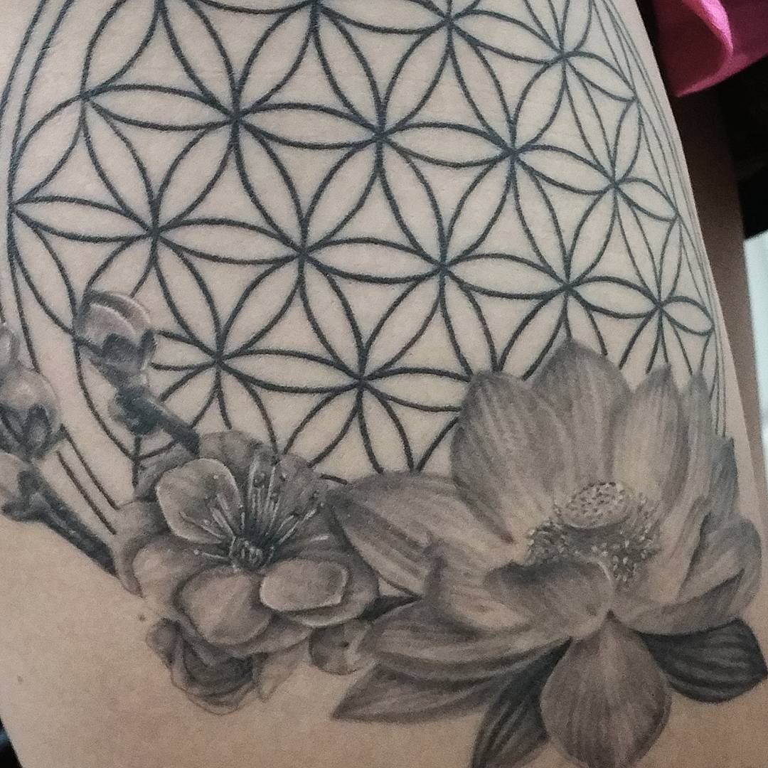 105 Cool Flower of Life Tattoo Ideas – The Geometric Pattern Full of Secrets