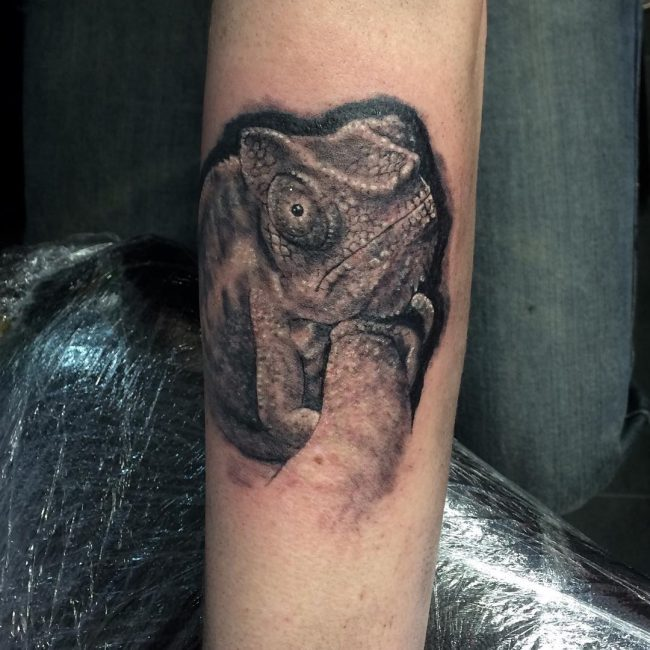 chameleon tattoo11