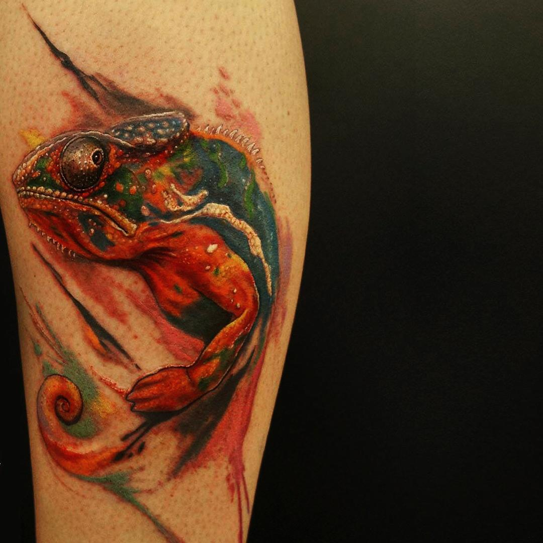 60+ Colorful Chameleon Tattoo Ideas