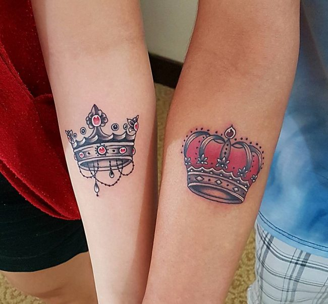 80 noble crown tattoo designs treat yourself like royalty for Pictures of crown tattoos