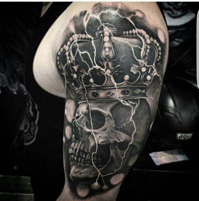crown tattoo19