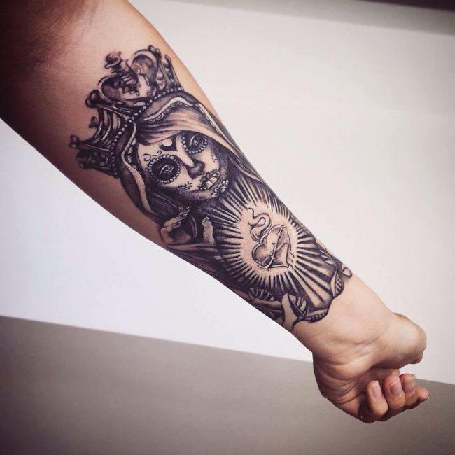 crown tattoo36