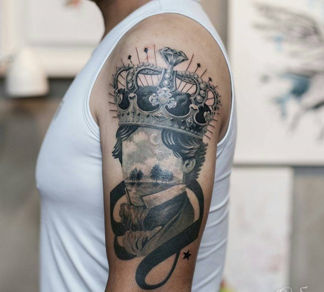 crown tattoo38