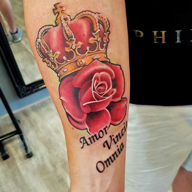 crown tattoo40